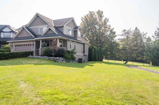 "Photo 3: 26 3800 GOLF COURSE Drive in Abbotsford: Abbotsford East House for sale in ""Golf Course Drive"" : MLS®# R2506464"