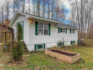 Photo 1: 4298 Highway 1 in South Berwick: 404-Kings County Residential for sale (Annapolis Valley)  : MLS®# 202023416