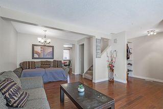 Photo 8: 21 Erin Ridge Road SE in Calgary: Erin Woods Detached for sale : MLS®# A1052761
