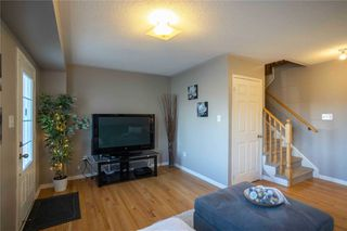 Photo 9: 403 Rossland Road in Ajax: Central East House (3-Storey) for sale : MLS®# E5061988