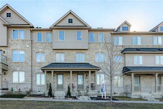 Photo 3: 403 Rossland Road in Ajax: Central East House (3-Storey) for sale : MLS®# E5061988