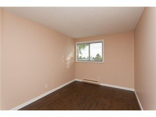 """Photo 7: 302 1103 HOWIE Avenue in Coquitlam: Central Coquitlam Condo for sale in """"THE WILLOWS"""" : MLS®# V916675"""