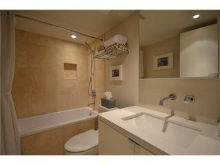 """Photo 10: # 301 930 CAMBIE ST in Vancouver: Yaletown Condo for sale in """"PACIFIC PLACE LANDMARK II"""" (Vancouver West)  : MLS®# V955695"""