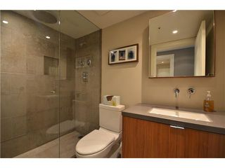 """Photo 8: # 301 930 CAMBIE ST in Vancouver: Yaletown Condo for sale in """"PACIFIC PLACE LANDMARK II"""" (Vancouver West)  : MLS®# V955695"""