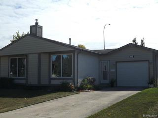 Photo 2: 70 Southwalk Bay in WINNIPEG: St Vital Residential for sale (South East Winnipeg)  : MLS®# 1321142