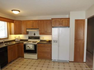 Photo 9: 70 Southwalk Bay in WINNIPEG: St Vital Residential for sale (South East Winnipeg)  : MLS®# 1321142