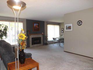 Photo 3: 70 Southwalk Bay in WINNIPEG: St Vital Residential for sale (South East Winnipeg)  : MLS®# 1321142
