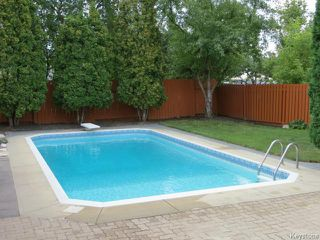 Photo 16: 10 Weeping Willow Drive in WINNIPEG: St Vital Residential for sale (South East Winnipeg)  : MLS®# 1321233