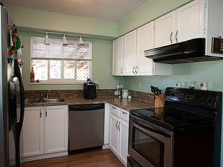 "Photo 8: 7778 118A Street in Delta: Scottsdale House for sale in ""Scottsdale"" (N. Delta)  : MLS®# F1400473"