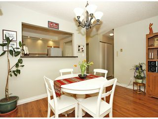 "Photo 8: 209 1280 FIR Street: White Rock Condo for sale in ""Oceana Villa"" (South Surrey White Rock)  : MLS®# F1406984"