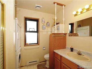 Photo 18: 24 Quincy St in VICTORIA: VR Hospital House for sale (View Royal)  : MLS®# 669216