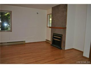 Photo 5: 101 1110 Oscar Street in VICTORIA: Vi Fairfield West Condo Apartment for sale (Victoria)  : MLS®# 343574