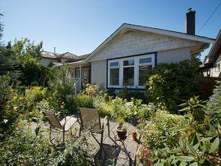 "Photo 2: 169 66TH Street in Tsawwassen: Boundary Beach House for sale in ""BOUNDARY BAY"" : MLS®# V1095213"