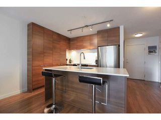"Photo 3: 414 1677 LLOYD Avenue in North Vancouver: Pemberton NV Condo for sale in ""DISTRICT CROSSING"" : MLS®# V1109590"