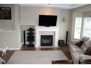 "Photo 3: 32 20750 TELEGRAPH Trail in Langley: Walnut Grove Townhouse for sale in ""Heritage Glen"" : MLS®# F1439610"
