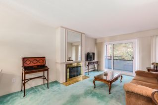 "Photo 3: 506 1405 W 15TH Avenue in Vancouver: Fairview VW Condo for sale in ""LANDMARK GRAND"" (Vancouver West)  : MLS®# R2020276"