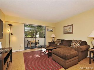 Photo 2: 101 2610 Graham St in VICTORIA: Vi Hillside Condo Apartment for sale (Victoria)  : MLS®# 739028
