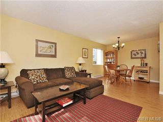Photo 3: 101 2610 Graham St in VICTORIA: Vi Hillside Condo Apartment for sale (Victoria)  : MLS®# 739028