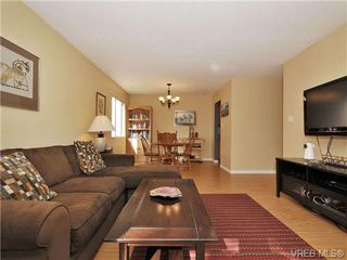 Photo 5: 101 2610 Graham St in VICTORIA: Vi Hillside Condo Apartment for sale (Victoria)  : MLS®# 739028