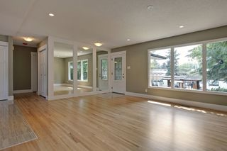 Photo 2: 10655 Mapleglen Cres SE in Calgary: House for sale : MLS®# C3626899