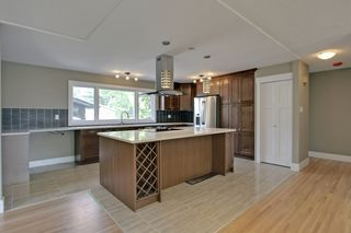 Photo 3: 10655 Mapleglen Cres SE in Calgary: House for sale : MLS®# C3626899