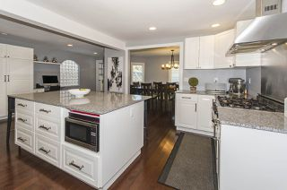 Photo 3: 2704 AILSA Crescent in North Vancouver: Lynn Valley House for sale : MLS®# R2105545