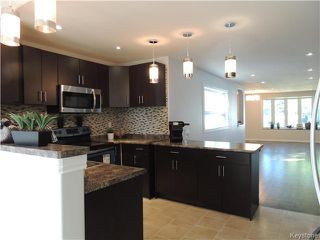 Photo 5: 271 Ainslie Street in Winnipeg: Silver Heights Residential for sale (5F)  : MLS®# 1627912
