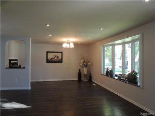 Photo 8: 271 Ainslie Street in Winnipeg: Silver Heights Residential for sale (5F)  : MLS®# 1627912