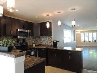Photo 4: 271 Ainslie Street in Winnipeg: Silver Heights Residential for sale (5F)  : MLS®# 1627912