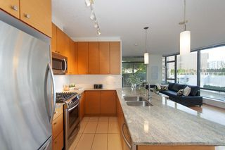 Photo 5: 503 6888 ALDERBRIDGE Way in Richmond: Brighouse Condo for sale : MLS®# R2143812