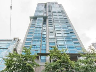 "Photo 2: 3103 438 SEYMOUR Street in Vancouver: Downtown VW Condo for sale in ""CONFERENCE PLAZA"" (Vancouver West)  : MLS®# R2163076"