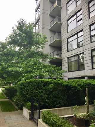Photo 15: 201 5380 OBEN Street in Vancouver: Collingwood VE Condo for sale (Vancouver East)  : MLS®# R2177931