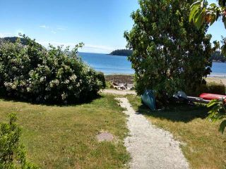 "Photo 13:  in Sechelt: Sechelt District Townhouse for sale in ""WAKEFIELD BEACH LANE - WATERFRONT"" (Sunshine Coast)  : MLS®# R2178419"