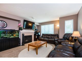 "Photo 3: 47 20560 66 Avenue in Langley: Willoughby Heights Townhouse for sale in ""AMBERLEIGH 2"" : MLS®# R2183785"