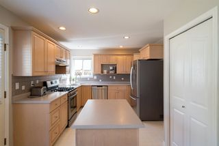 """Photo 10: 22225 47 Avenue in Langley: Murrayville House for sale in """"MURRAYVILLE"""" : MLS®# R2184794"""