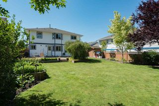 """Photo 2: 22225 47 Avenue in Langley: Murrayville House for sale in """"MURRAYVILLE"""" : MLS®# R2184794"""
