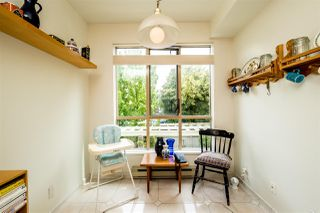 """Photo 9: 209 3766 W 7TH Avenue in Vancouver: Point Grey Condo for sale in """"THE CUMBERLAND"""" (Vancouver West)  : MLS®# R2190869"""