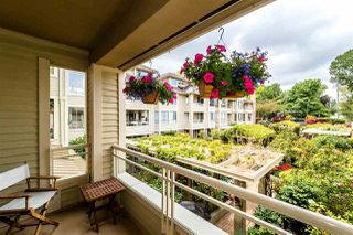 """Photo 6: 209 3766 W 7TH Avenue in Vancouver: Point Grey Condo for sale in """"THE CUMBERLAND"""" (Vancouver West)  : MLS®# R2190869"""