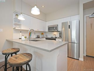 Photo 8: 106 785 Tyee Rd in VICTORIA: VW Victoria West Condo Apartment for sale (Victoria West)  : MLS®# 766673