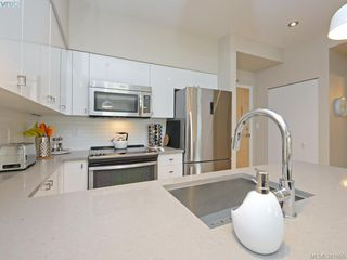 Photo 11: 106 785 Tyee Rd in VICTORIA: VW Victoria West Condo Apartment for sale (Victoria West)  : MLS®# 766673