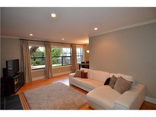 Main Photo: 418 E 10th St. in North Vancouver: Central Lonsdale House for sale : MLS®# V929655