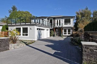 Photo 2: 1066 STEVENS STREET in South Surrey White Rock: Home for sale : MLS®# R2009880
