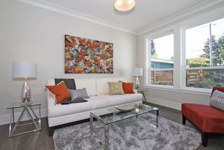 Photo 10: 1066 STEVENS STREET in South Surrey White Rock: Home for sale : MLS®# R2009880