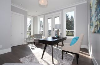 Photo 17: 1066 STEVENS STREET in South Surrey White Rock: Home for sale : MLS®# R2009880