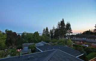 Photo 19: 1066 STEVENS STREET in South Surrey White Rock: Home for sale : MLS®# R2009880