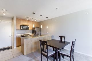 "Photo 6: 908 2979 GLEN Drive in Coquitlam: North Coquitlam Condo for sale in ""ALTAMONTE"" : MLS®# R2210617"