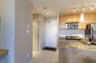 "Photo 7: 908 2979 GLEN Drive in Coquitlam: North Coquitlam Condo for sale in ""ALTAMONTE"" : MLS®# R2210617"