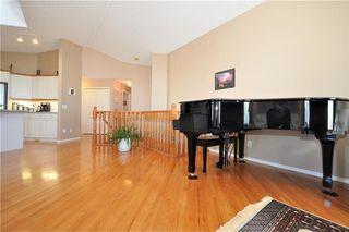 Photo 10: 169 ROCKY RIDGE Cove NW in Calgary: Rocky Ridge House for sale : MLS®# C4140568