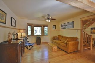 Photo 5: 11 13651 CAMP BURLEY ROAD in Garden Bay: Pender Harbour Egmont House for sale (Sunshine Coast)  : MLS®# R2200142