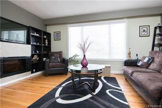 Photo 2: 92 Fontaine Crescent in Winnipeg: Windsor Park Residential for sale (2G)  : MLS®# 1802830